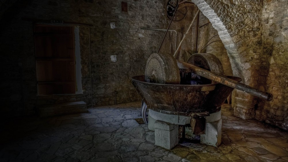 Παραδοσιακά κρητικά προϊόντα από την Cretan Golden Products