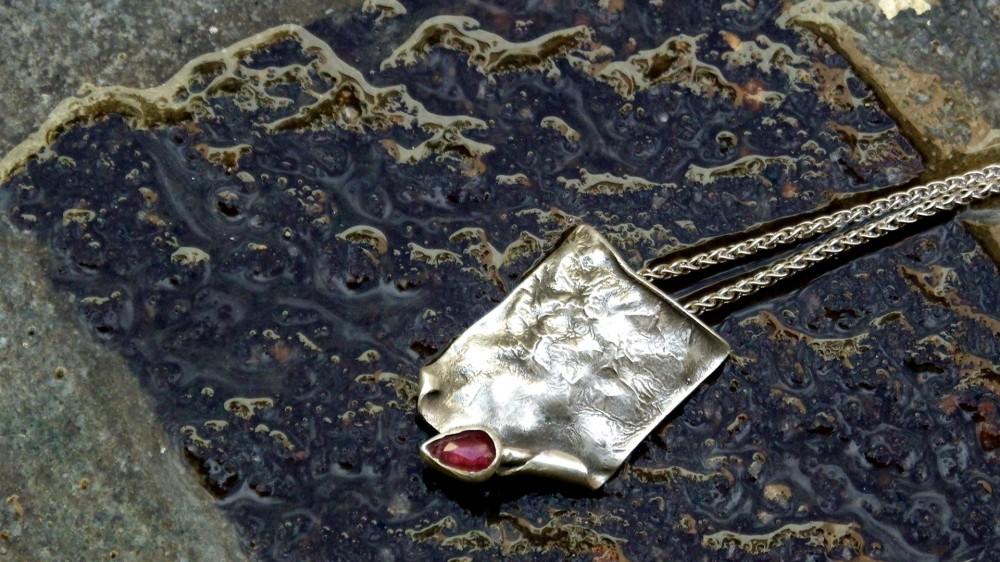 Το Douka Jewelry στο διαδίκτυο