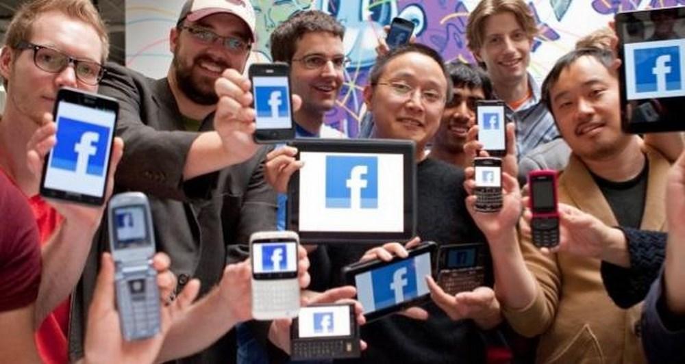 100 εκατ. χρήστες του facebook μέσω feature phones