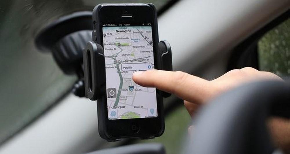 Νέες δυνατότητες σε Google Maps και Waze