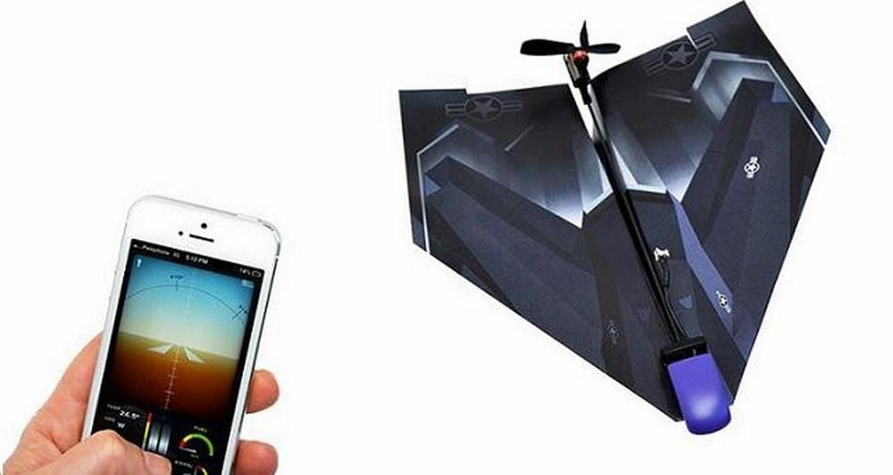 PowerUp 3.0 μετατρέπει το χάρτινο αεροπλάνο σε ένα Lean, Mean App-Controlled Flying MAchine