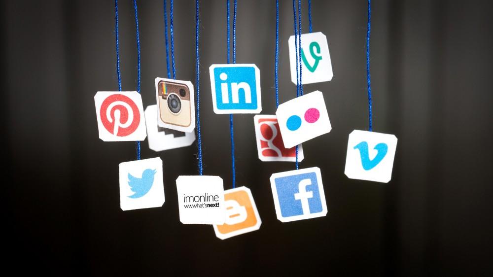 Στατιστικά στοιχεία κοινωνικών δικτύων