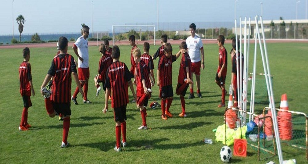 Platinum χορηγός του Milan Junior Camp Creta 2011