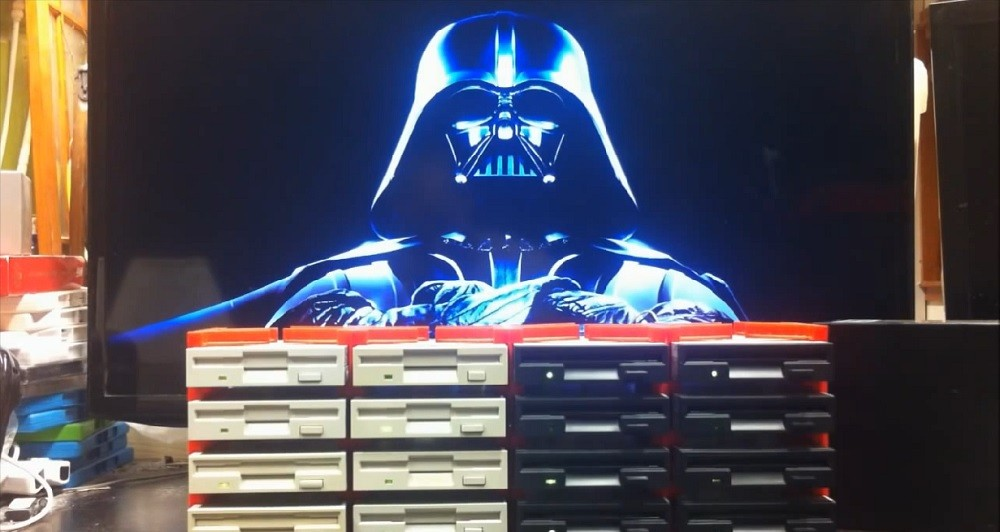 16 floppy drives σημαίνουν Imperial March