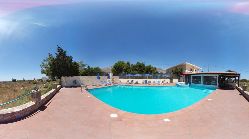 Εικονική πλοήγηση στο ξενοδοχείο Blue Sky Kreta στο Φραγκοκάστελλο