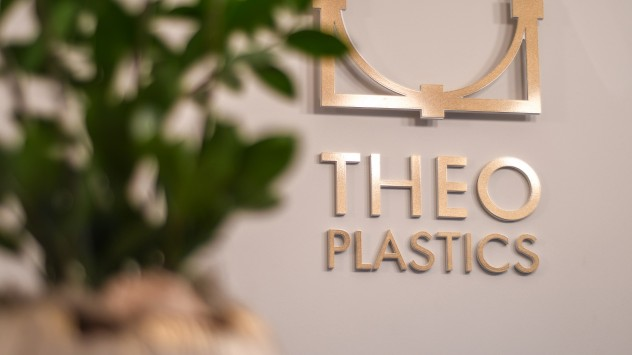 Theoplastics, αισθητική πλαστική χειρουργική