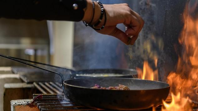 Κρητική παραδοσιακή κουζίνα από το Hairi